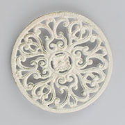 l Cast iron trivet of pot 12/48